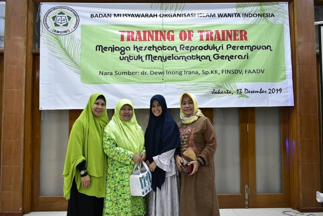 Sosialisasi Palestina Pada Acara Training of Trainer BMOIWI