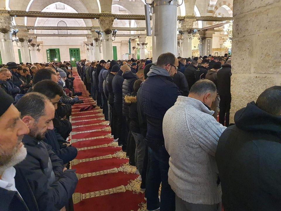 Fajar Tsabat Pekan Ke-8: Ribuan Jamaah Padati Masjidil Aqsa